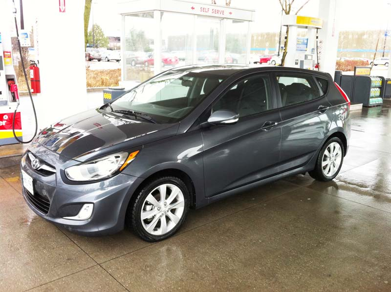 2013 Hyundai Accent GLS*