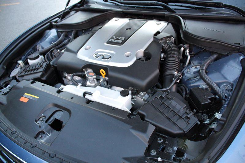 2013 Infiniti G37xS coupe