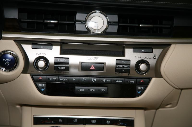 2013 Lexus ES300h