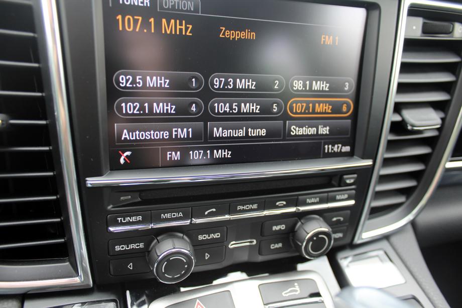 2014 Porsche Panamera Bose audio
