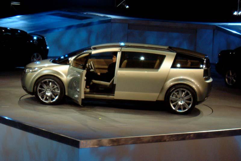 CanadianDriver: Mazda premieres Washu concept and 2004 RX-8