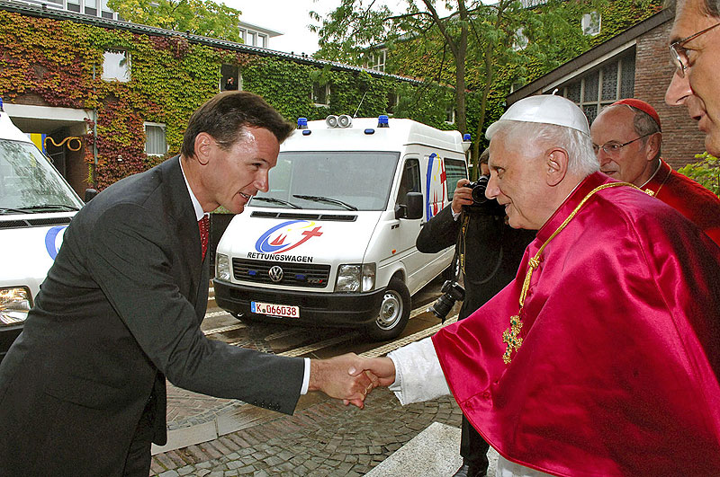 Wolfgang Bernhard and the Pope